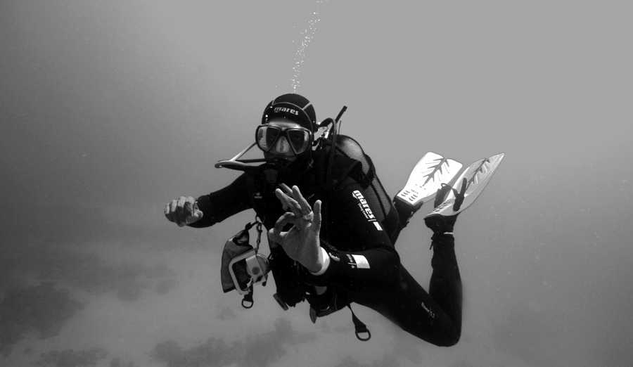 Jean-Yves Bignoux at a Balaclava dive site on deco stop